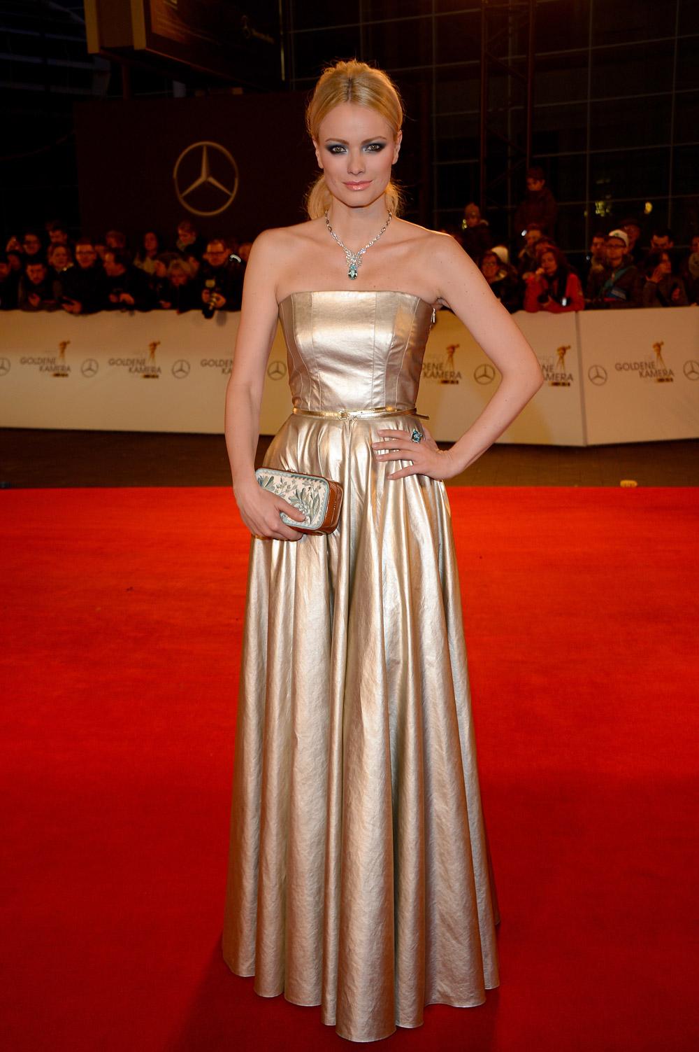 Goldene Kamera2015 Franziska Knuppe redcarpet